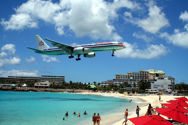 Landing approach to Princess Juliana International Airport on Sint Maarten